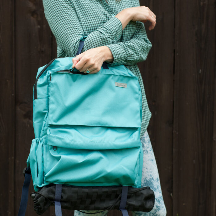 plein air backpack